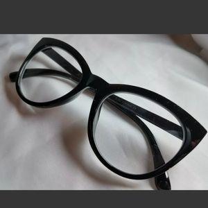 Betsey Johnson Cat Eye Reading Glasses Black +2.00